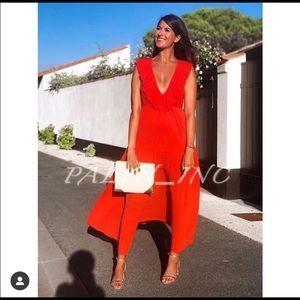 Zara Dresses - ❤️❤️ZARA PLEATED DRESS RED